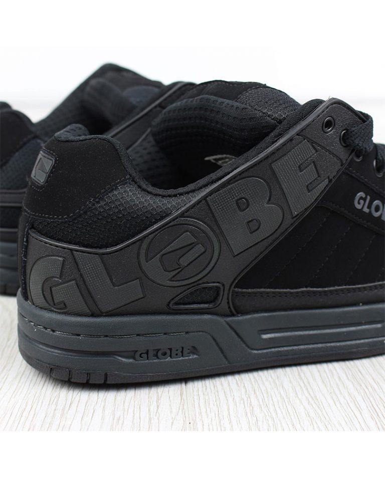 GLOBE SHOES TILT BLACK – LM BOARD STORE