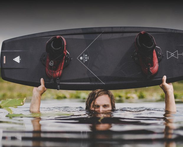LIQUID FORCE WAKEBOARD DELUXE